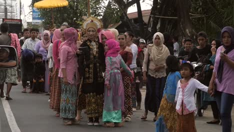 Women-Taking-a-Selfie-in-Wedding-Procession