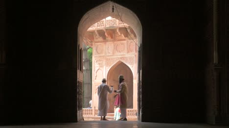Two-Men-in-an-Archway-in-India