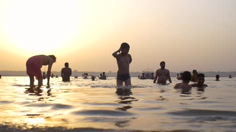 People-in-the-Ganges-at-Sunset