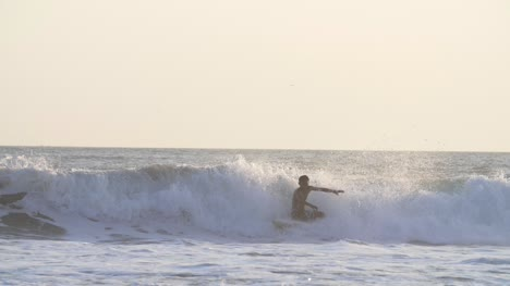 Man-Surfing-in-Slow-Motion