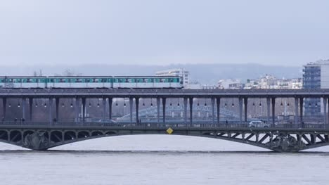 Train-Passing-over-Pont-de-Bir-Hakeim