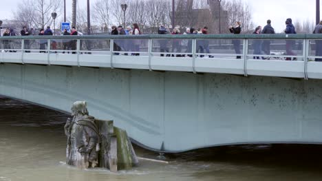 Pont-de-l-Alma-During-Paris-Floods