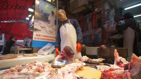 Fish-Stall-at-Kowloon-Market
