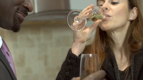 Couple-Toasting-With-Champagne-Flutes