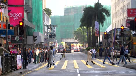 Crosswalk-in-Hong-Kong