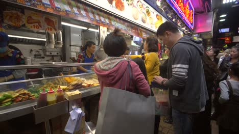 Customers-at-Hong-Kong-Food-Stall