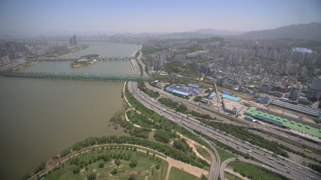 Seoul-City-and-the-Han-River