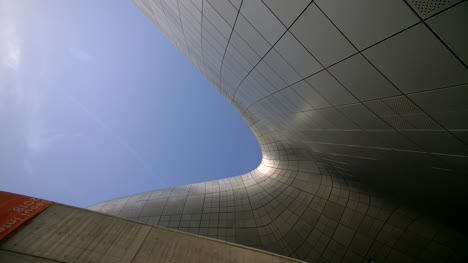 Looking-Up-In-Dongdaemun-Design-Plaza