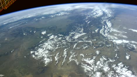Canada-and-the-United-States-from-ISS-Graded