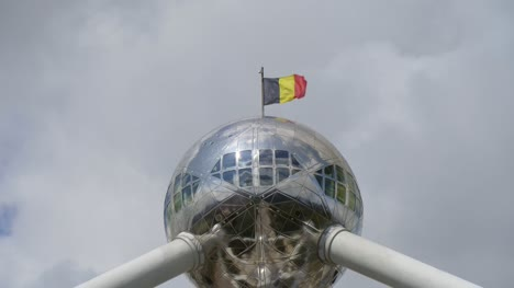 Belgian-Flag-on-the-Atomium-in-Brussels