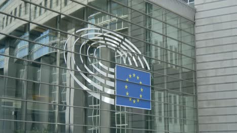 Logo-on-European-Parliament-Building