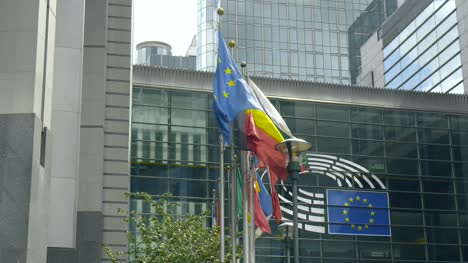EU-National-Flags-and-EP-Logo-in-Brussels