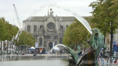 Fountain-and-Church-in-Brussels
