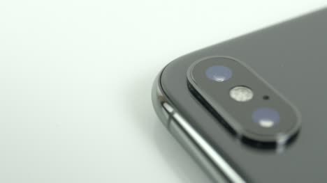 Rotating-Around-Iphone-X-logo-and-Camera