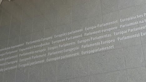 Multilingual-European-Parliament-Sign