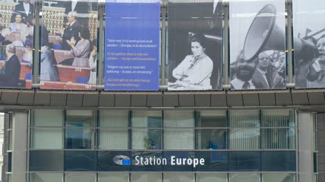 Station-Europe-Entrance-in-Brussels