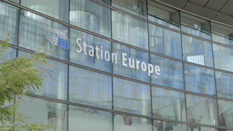 Station-Europe-Sign-in-Brussels