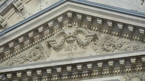 Neoclassical-Building-Pediment