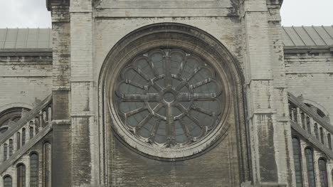 Window-of-St-Catherine-Church-in-Brussels