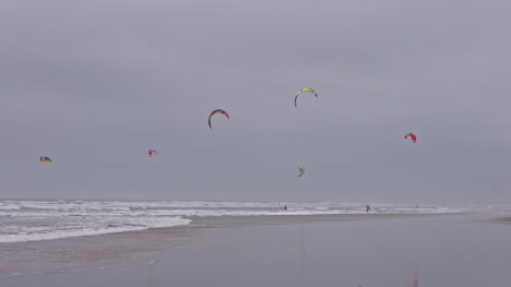 Kitesurfers-on-a-Beach
