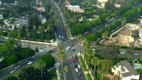 Traffic-Intersection-in-Beverly-Hills