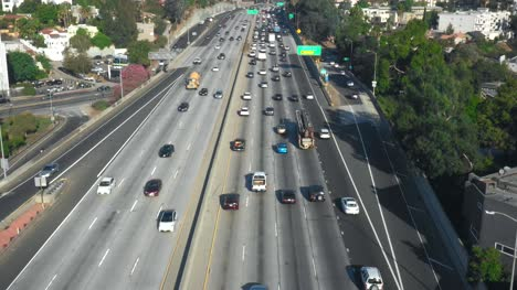 Tracking-Cars-on-Hollywood-Freeway