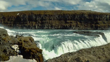 Close-Up-of-Gullfoss-Waterfall