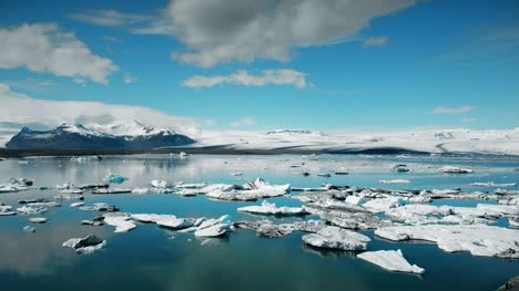 Jokulsarlon-Ice-Lake