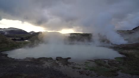 Panning-Over-Geothermal-Spring