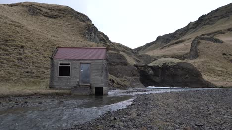 Small-Hut-by-a-Stream
