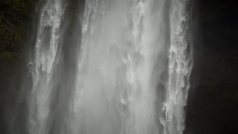 Waterfall-Close-Up