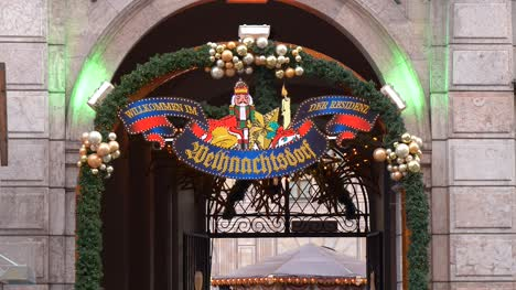 German-Christmas-Village-Welcome-Sign