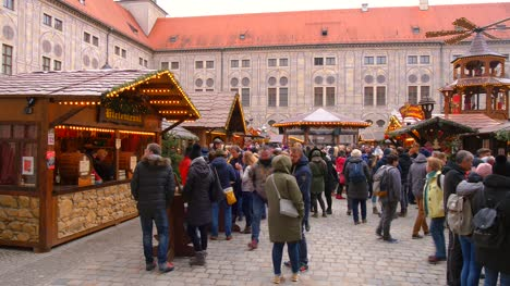 Christmas-Market-in-Munich-Residenz