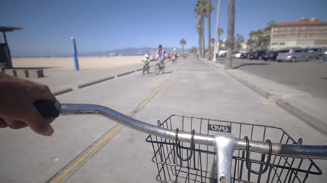Cycling-Along-Venice-Beach-LA-07