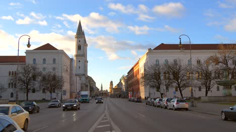 Early-Morning-Munich-Street