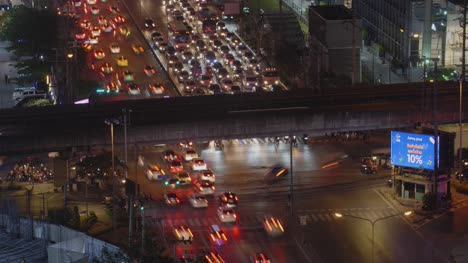 Bangkok-Traffic-Timelapse-at-Night