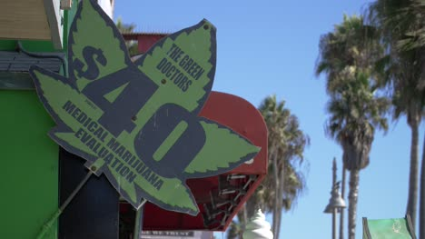 Medical-Marijuana-Shop-Sign-in-LA