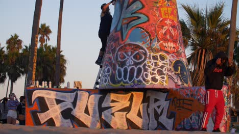 Street-Artists-at-Venice-Beach