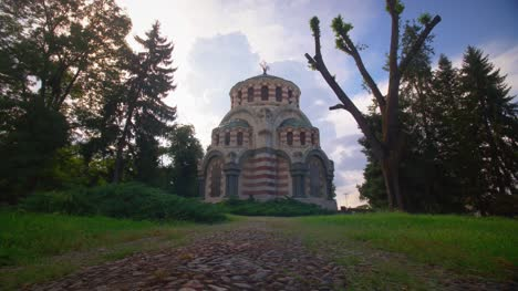 Orthodox-Chapel-And-Mausoleum-in-Sofia