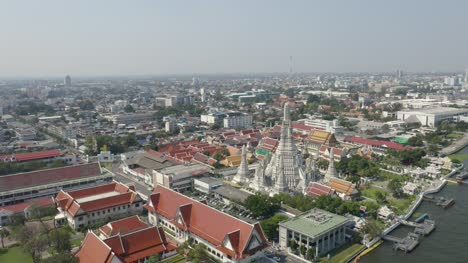 Wat-Arun-Temple-In-Bangkok