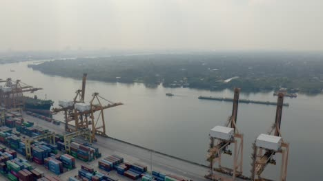 Container-Port-in-Bangkok