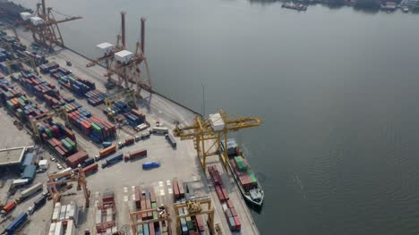 Orbiting-Container-Port-Cranes