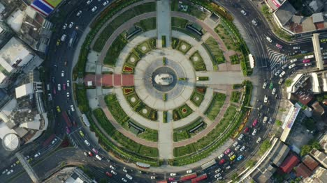 Flying-Over-Wongwian-Yai-Roundabout