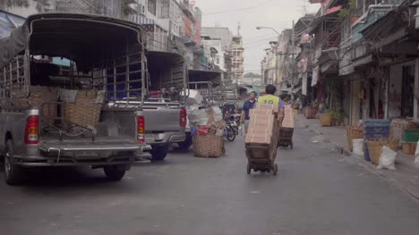 Produce-Vans-Parked-on-Bangkok-Street