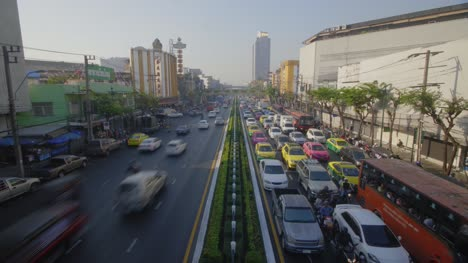 Daytime-Traffic-Timelapse-in-Bangkok