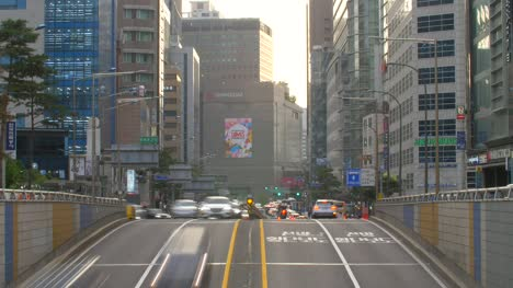 Busy-Seoul-Road-Traffic-Time-Lapse