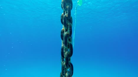 Anchor-Chain-Close-Up-POV