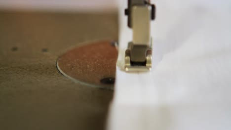 Tracking-Past-Sewing-Machine-Foot