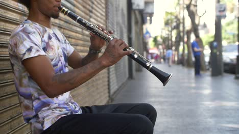 Tracking-Up-on-Clarinet-Player