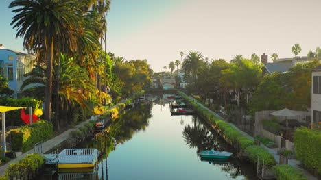 Venice-Canals-Neighbourhood-Los-Angeles